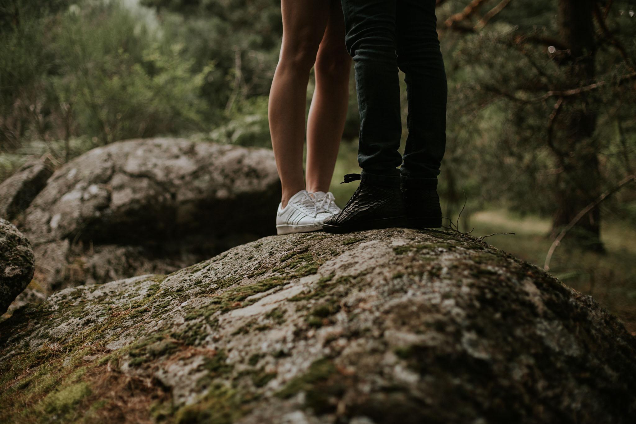 Fotografia pareja bosque 24 Concorazon